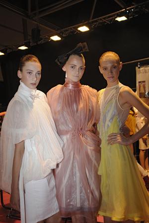 Показ Bora Aksu коллекции сезона Весна-лето 2009 года prêt-à-porter - www.elle.ru - Подиум - фото 77895