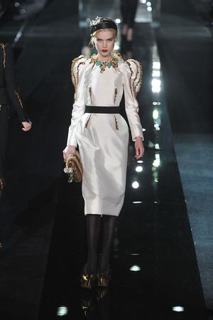 Показ Dolce & Gabbana коллекции сезона Осень-зима 2009-2010 года Prêt-à-porter - www.elle.ru - Подиум - фото 95083
