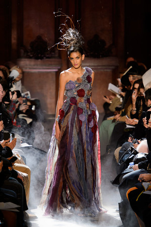 Показ Franc Sorbier коллекции сезона Весна-лето 2015 года haute couture - www.elle.ru - Подиум - фото 593404