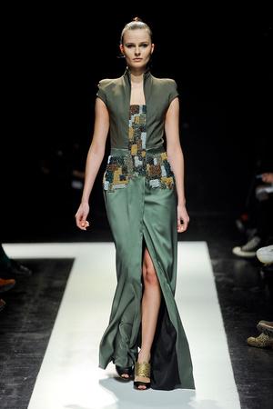 Показ Maxime Simoens коллекции сезона Весна-лето 2012 года Haute couture - www.elle.ru - Подиум - фото 333625