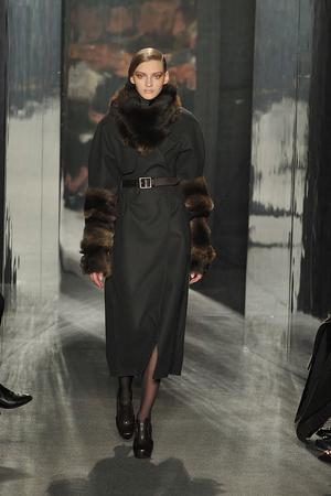Показ Donna Karan коллекции сезона Осень-зима 2009-2010 года Prêt-à-porter - www.elle.ru - Подиум - фото 90106