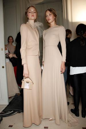 Показ Valentino коллекции сезона Осень-зима 2011-2012 года haute couture - www.elle.ru - Подиум - фото 279010