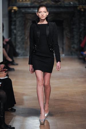 Показ Tony Ward коллекции сезона Весна-лето 2014 года haute couture - www.elle.ru - Подиум - фото 574402