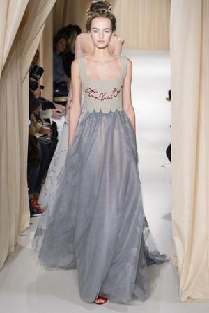 Показ Valentino коллекции сезона Весна-лето 2015 года haute couture - www.elle.ru - Подиум - фото 593304