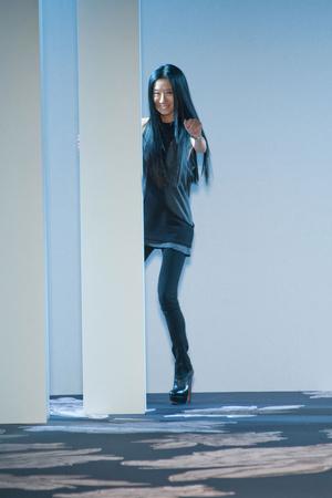 Показ Vera Wang коллекции сезона Осень-зима 2013-2014 года Prêt-à-porter - www.elle.ru - Подиум - фото 489304