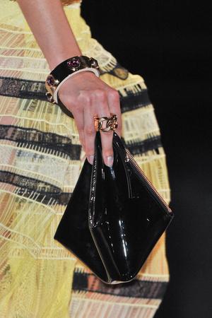 Показ Givenchy коллекции сезона Весна-лето 2014 года Prêt-à-porter - www.elle.ru - Подиум - фото 570854