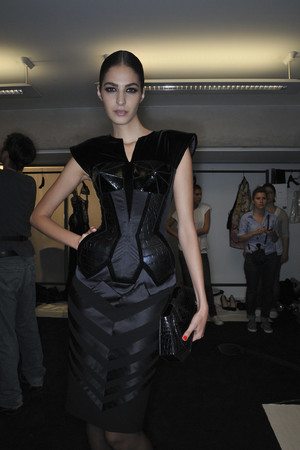 Показ Jean Paul Gaultier коллекции сезона Осень-зима 2009-2010 года Haute couture - www.elle.ru - Подиум - фото 87993