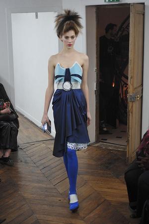 Показ On Aura Tout Vu коллекции сезона Весна-лето 2009 года haute couture - www.elle.ru - Подиум - фото 86891