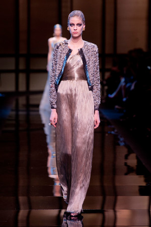 Показ Giorgio Armani Privé коллекции сезона Весна-лето 2014 года Haute couture - www.elle.ru - Подиум - фото 574939