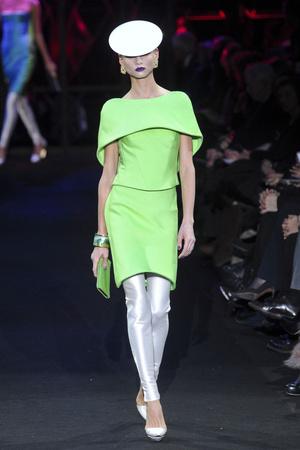 Показ Giorgio Armani Privé коллекции сезона Весна-лето 2011 года Haute couture - www.elle.ru - Подиум - фото 214976