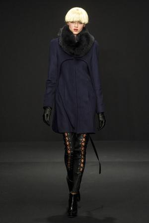 Показ Krizia коллекции сезона Осень-зима 2011-2012 года Prêt-à-porter - www.elle.ru - Подиум - фото 243491