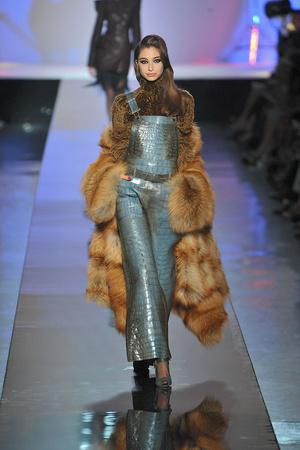 Показ Jean Paul Gaultier коллекции сезона Осень-зима 2009-2010 года Haute couture - www.elle.ru - Подиум - фото 87930