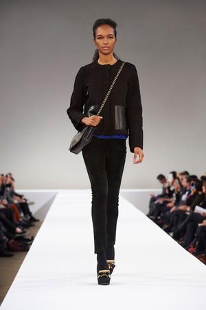 Показ Longchamp коллекции сезона Осень-зима 2015-2016 года Prêt-à-porter - www.elle.ru - Подиум - фото 596328