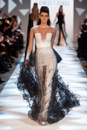 Показ Georges Chakra коллекции сезона Весна-лето 2013 года Haute couture - www.elle.ru - Подиум - фото 480710