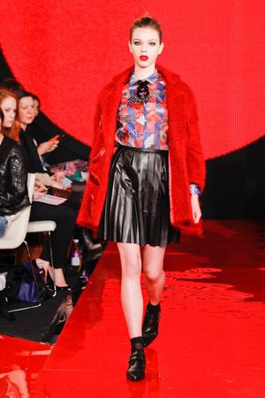 Показ Holly Fulton коллекции сезона Осень-зима 2013-2014 года prêt-à-porter - www.elle.ru - Подиум - фото 501604