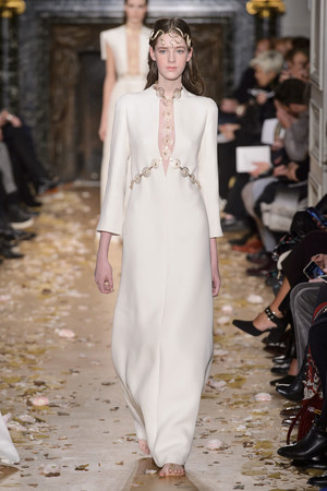 Показ Valentino коллекции сезона Весна-лето  2016 года Haute couture - www.elle.ru - Подиум - фото 603094