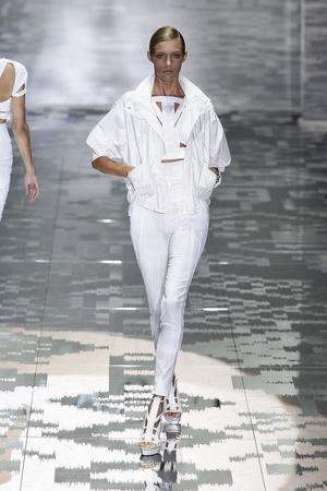 Показ Gucci коллекции сезона Весна-лето 2010 года prêt-à-porter - www.elle.ru - Подиум - фото 116602