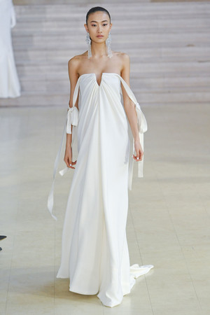 Показ Alexis Mabille коллекции сезона Весна-лето 2011 года haute couture - www.elle.ru - Подиум - фото 214842