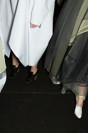 Показ John Galliano коллекции сезона Весна-лето 2013 года prêt-à-porter - www.elle.ru - Подиум - фото 460402