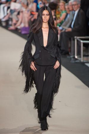 Показ Stephane Rolland коллекции сезона Осень-зима 2012-2013 года Haute couture - www.elle.ru - Подиум - фото 404096