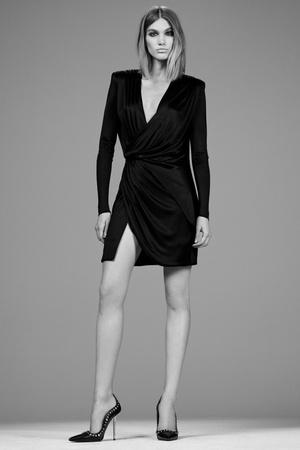 Показ Versace коллекции сезона Pre-fall   2014 года Prêt-à-porter - www.elle.ru - Подиум - фото 573397