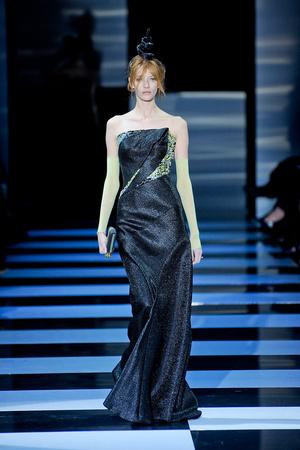 Показ Giorgio Armani Privé коллекции сезона Весна-лето 2012 года Haute couture - www.elle.ru - Подиум - фото 331480