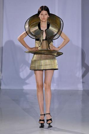 Показ  коллекции сезона Осень-зима 2011-2012 года Haute couture - www.elle.ru - Подиум - фото 276982