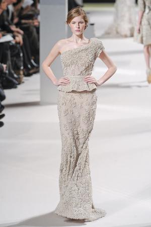 Показ Elie Saab коллекции сезона Весна-лето 2011 года Haute couture - www.elle.ru - Подиум - фото 216819