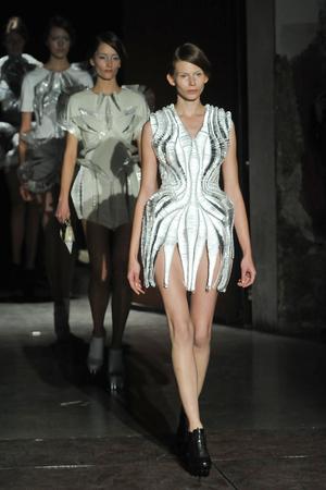Показ  коллекции сезона Весна-лето 2012 года Haute couture - www.elle.ru - Подиум - фото 331104