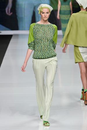 Показ New upcoming designers коллекции сезона Весна-лето 2013 года prêt-à-porter - www.elle.ru - Подиум - фото 448571