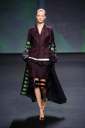 Показ Christian Dior коллекции сезона Осень-зима 2013-2014 года haute couture - www.elle.ru - Подиум - фото 556354