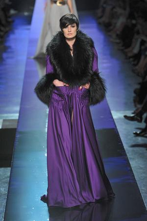 Показ Jean Paul Gaultier коллекции сезона Осень-зима 2009-2010 года Haute couture - www.elle.ru - Подиум - фото 87906