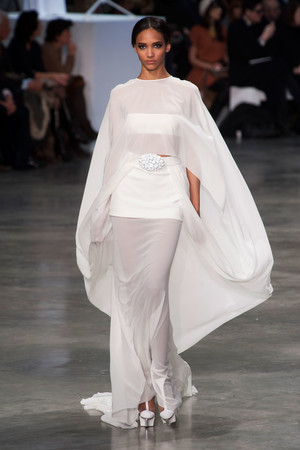 Показ Stephane Rolland коллекции сезона Весна-лето 2013 года haute couture - www.elle.ru - Подиум - фото 479758