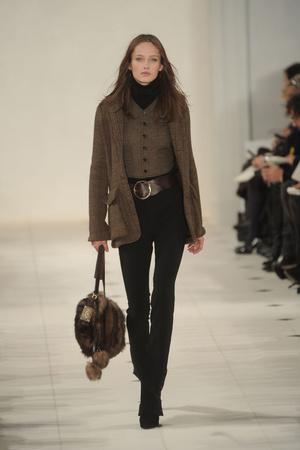 Показ Ralph Lauren коллекции сезона Осень-зима 2010-2011 года prêt-à-porter - www.elle.ru - Подиум - фото 147609