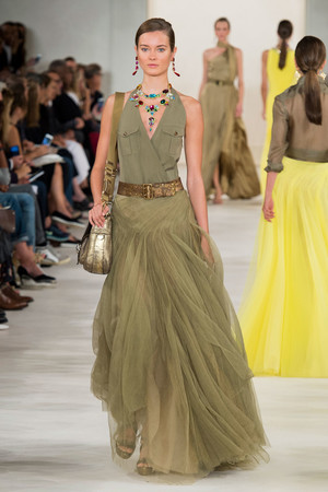 Показ Ralph Lauren коллекции сезона Весна-лето 2015 года prêt-à-porter - www.elle.ru - Подиум - фото 587151