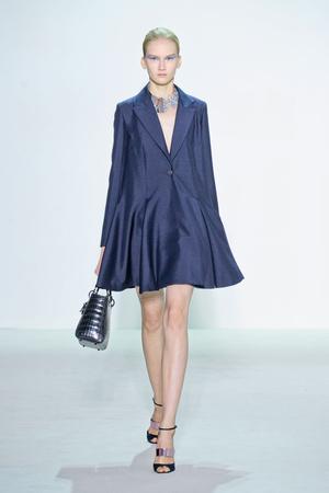 Показ Christian Dior коллекции сезона Весна-лето 2013 года Prêt-à-porter - www.elle.ru - Подиум - фото 453199