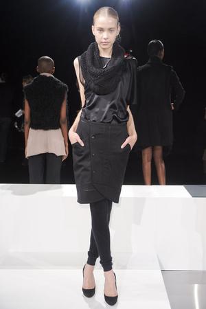 Показ Tess Giberson коллекции сезона Осень-зима 2011-2012 года prêt-à-porter - www.elle.ru - Подиум - фото 226205
