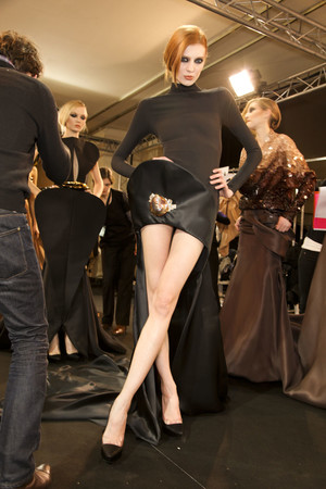 Показ Stephane Rolland коллекции сезона Весна-лето 2011 года Haute couture - www.elle.ru - Подиум - фото 216389