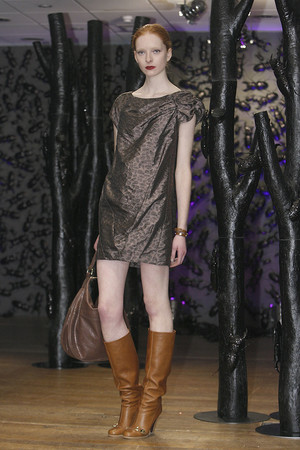 Показ Mulberry коллекции сезона Осень-зима 2009-2010 года prêt-à-porter - www.elle.ru - Подиум - фото 91217