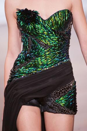 Показ On Aura Tout Vu коллекции сезона Весна-лето 2013 года Haute couture - www.elle.ru - Подиум - фото 480344