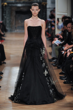 Показ Tony Ward коллекции сезона Весна-лето 2014 года haute couture - www.elle.ru - Подиум - фото 574408