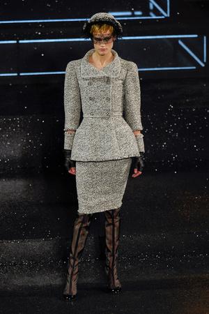 Показ  коллекции сезона Осень-зима 2011-2012 года Haute couture - www.elle.ru - Подиум - фото 278049