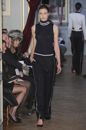 Показ Bouchra Jarrar коллекции сезона Весна-лето 2011 года Haute couture - www.elle.ru - Подиум - фото 214880