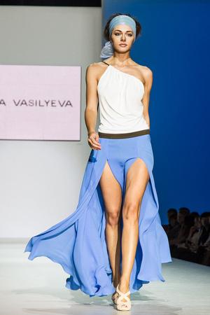 Показ Lena Vasilyeva коллекции сезона Весна-лето 2013 года Prêt-à-porter - www.elle.ru - Подиум - фото 469055