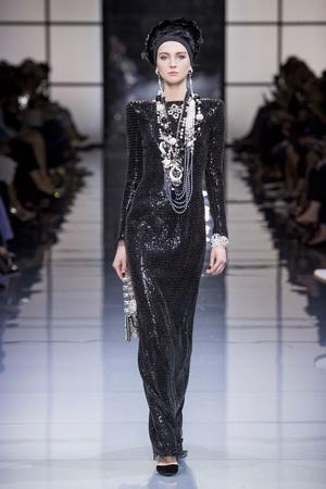 Показ Armani Prive коллекции сезона Осень-зима 2016-2017 года Haute couture - www.elle.ru - Подиум - фото 607144