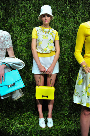 Показ Kate Spade коллекции сезона Весна-лето 2014 года prêt-à-porter - www.elle.ru - Подиум - фото 558675