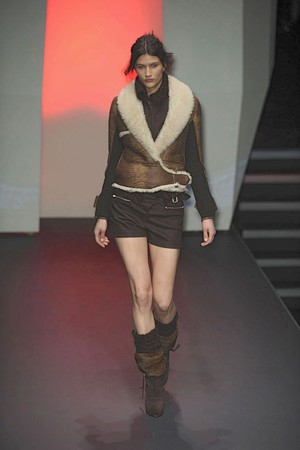 Показ CNC Costume National коллекции сезона Осень-зима 2010-2011 года prêt-à-porter - www.elle.ru - Подиум - фото 151219