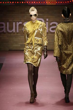 Показ Laura Biagiotti коллекции сезона Осень-зима 2009-2010 года prêt-à-porter - www.elle.ru - Подиум - фото 96240
