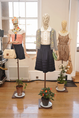 Показ Orla Kiely коллекции сезона Весна-лето 2010 года Prêt-à-porter - www.elle.ru - Подиум - фото 112680