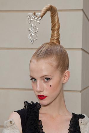Показ Alexis Mabille коллекции сезона Осень-зима 2012-2013 года haute couture - www.elle.ru - Подиум - фото 403569